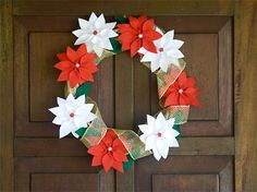 Tutorial Vila do Artesão - Guirlanda de natal com flores de feltro, as poinsettias