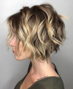 100 Mind-Blowing Short Hairstyles for Fine Hair Short Wavy Choppy Bob Messy Bob Hairstyles, Layered Hairstyles, Hairstyles 2018, Fringe Hairstyles, Short Hairstyles For Women, Natural Hairstyles, Vintage Hairstyles, Wavy Bobs, Choppy Bobs