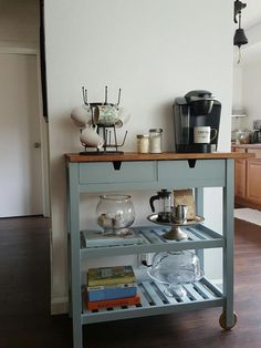 38 Gorgeous Small Kitchen Bar Design Ideas For Apartment Decor - When you have a small kitchen, you're going to want to make the most of its space. A good way to do this is by investing in some small kitchen furnitu. Small Kitchen Cart, Coffee Bars In Kitchen, Coffee Bar Home, Home Coffee Stations, Coffee Corner, Coffee Nook, Coffee Carts, Kitchen Ideas, Kitchen Carts On Wheels