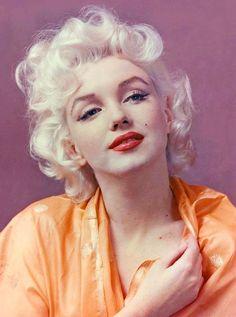 Marilyn Monroe. Photo by Hal Berg, 1955.