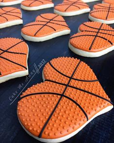 Basket Ball Team Treats Girls Ideas For 2019 Basketball Cake Pops, Basketball Heart, Girls Basketball, Basketball Gifts, Basketball Playoffs, Basketball Memes, Basketball Posters, Basketball Workouts, Basketball Pictures
