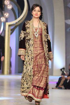 Pakistani Beauty Zabia!!!!