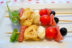 Super easy antipasto kabobs for appetizers