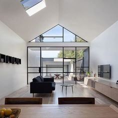 'Minimal Interior Design Inspiration' is a weekly showcase of some of the most perfectly minimal interior design examples that we've found around the web - all Interior Design Examples, Interior Design Minimalist, Interior Design Inspiration, Modern Interior, Interior And Exterior, A As Architecture, Residential Architecture, Australian Architecture, Living Spaces