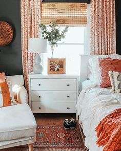 Magical Boho Home Decor from 20 of the Amazing Boho Home Decor collection is the most trending home decor this winter. This Boho Home Decor look related to bedroom, decor, master bedroom and bedroom… College Bedroom Decor, Home Decor Bedroom, Bedroom Curtains, Dorm Room, Orange Bedroom Decor, Bedroom Art, Design Bedroom, Bright Bedroom Ideas, Orange Bedrooms