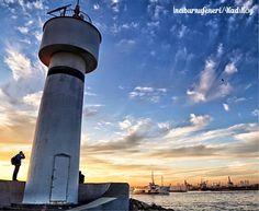 伊斯坦布爾亞洲岸卡德寇依碼頭附近的黃昏景色。 ©olcayaytar