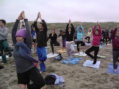 Free Yoga Class | Ocean Beach, San Francisco | http://ynottony.com