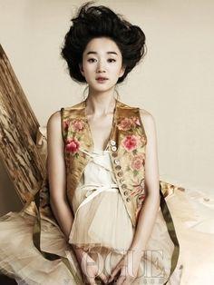 Fusion hanbok | {Based on traditional Korean dress} ↬
