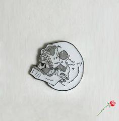 Image of Laughing Skull Pin