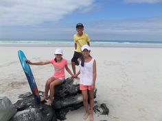 Listos para disfrutar de el mar y la arena blanca y suave de las playas de las Islas #Galápagos.