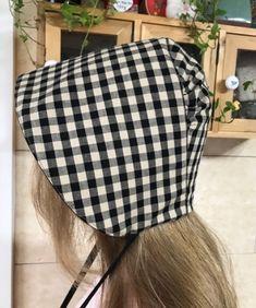 블랙체크 보넷 : 네이버 블로그 Hat Patterns To Sew, Couture, Knit Fashion, Ear Warmers, Hair Comb, Sewing Hacks, Bridal Hair, Knitting, Hats