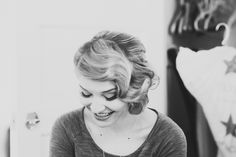 Lovely 1940's styled peek-a-boo bangs! http://onthegobride.com/2015/06/vintage-1940s-themed-wedding || http://www.searchingforthelight.com/