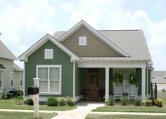 Cottage Style House Plan - 3 Beds 2 Baths 1550 Sq/Ft Plan #430-64 Exterior - Front Elevation - Houseplans.com