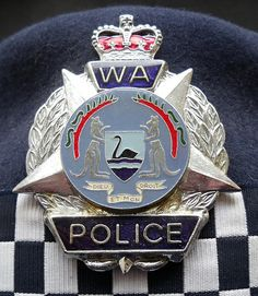 BADGE - Australia - WA - Western Australia Police cap badge (older style) on stetson