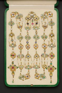 Renaissance Revival Enamel and Gem-set Longchain, Tiffany & Co, c. designed by Paulding Farnham, the. Tantrums And Tiaras, Antique Jewelry, Vintage Jewelry, Art Nouveau Jewelry, Japanese Painting, Tiffany Jewelry, Tiffany And Co, European Cut Diamonds, Color Of Life