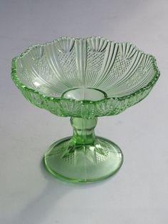 Znalezione obrazy dla zapytania patera ząbkowice Serving Bowls, Tableware, Glass, Dinnerware, Drinkware, Tablewares, Corning Glass, Dishes, Place Settings