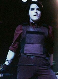 Gerard way is bae<<< so ur saying he's gerard bae