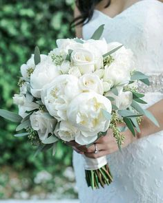 42 white wedding bouquets for every season - Themed Wedding # for . - 42 white wedding bouquets for every season – Themed Wedding # Wedding bouquets - Summer Wedding Bouquets, White Wedding Flowers, Bride Bouquets, Bridal Flowers, Flower Bouquet Wedding, Floral Wedding, Fall Wedding, Wedding Colors, Wedding Ceremony