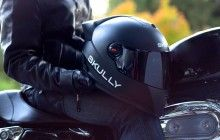 Augmented Reality Motorcycle Helmet Startup Skully Hires Former HTC, Ducati Execs – TechCrunch Hud Motorcycle Helmet, Motorcycle Style, Bluetooth Motorcycle Helmet, Motorcycle Rides, Motorbike Girl, Helmet Head, New Helmet, Bmw Concept, Concept Art