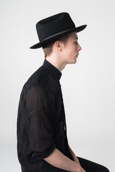 The Black Hat by Valerie on Etsy