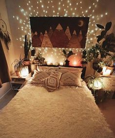 40 Cozy Boho Bedroom Design Thatll Make You Want to Redecorate ASAP Bohemian Bedroom Decor ASAP Bedroom Boho cozy Design Redecorate Thatll Stylish Bedroom, Cozy Bedroom, Bedroom Small, Master Bedroom, Modern Bedroom, Modern Bohemian Bedrooms, Artistic Bedroom, Bedroom Ideas For Small Rooms Cozy, Night Bedroom