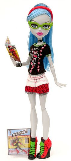 Pinterest: Ghoulia Yelps School Club Fashion Pack - Comic Book Club Mattel Monster High doll. http://www.monsterhighcollector.com/viewstory.php?sid=57