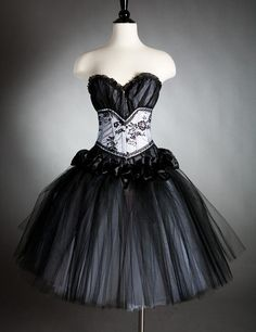 Goth and emo dresses prom