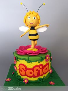 Your Cake. Tarta Abeja Maya