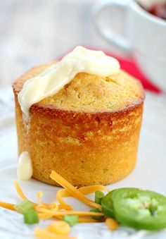 Mixed in one bowl with the perfect compliment of sweet and savory flavors, Cornbread Muffins with Cheddar, Scallions and Jalapenos will be your favorite cornbread recipe. Cornbread Muffins, Savory Muffins, Jalapeno Cornbread, Cornbread Recipes, Jalapeno Cheddar, Sweet Cornbread, Cheddar Cheese, Scones, Yummy Food