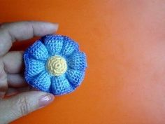 Crochet 8-petal 3D Flower Tutorial 5 3D Blume häkeln - YouTube