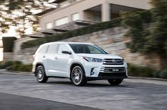 are SUVs and safer than other cars? Next To Buy, Mazda Cx 9, Kelley Blue, Car Salesman, Cars Uk, Sales People, Full Throttle, Car Loans, New And Used Cars