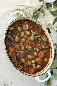 Mat i påskeuken! Norwegian Cuisine, Chili, Pot Roast, Lamb, Nom Nom, Bacon, Food Porn, Goodies, Beans