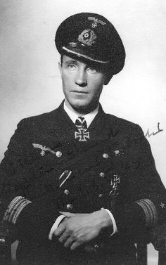 ✠ Peter-Erich Cremer (25 March 1911 – 5 July 1992) RK 05.06.1942 Kapitänleutnant, Kdt. U-333