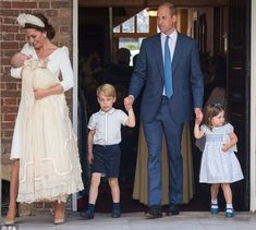 Prince William and Kate Middleton attend their son's royal christening on Monday at the Chapel Royal in St. James's Palace in London. The royal parents stepped out for the ceremony alongside Louis' older siblings, Prince George, and Princess Charlotte, William Kate, Kate Middleton Et William, Prince William Et Kate, Prince Harry And Meghan, Prince Charles, Prince Philip, Christening Photos, Christening Gowns, Princesa Diana