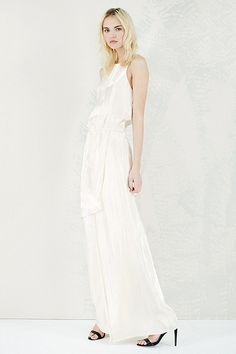 20 Seriously Cool Wedding Dresses #refinery29  http://www.refinery29.com/cheap-wedding-dresses#slide3