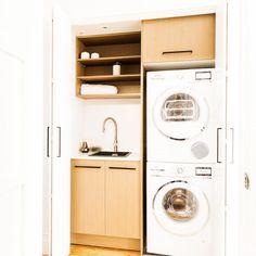 BLUE Carly & Leighton   Week 6 Room 2 FINALE   Bathroom & LaundryThe Block Shop - Channel 9