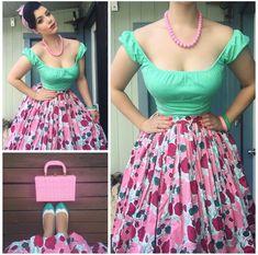 1950 Outfits, Vintage Style Outfits, Vintage Dresses, Pink Fashion, Retro Fashion, Fashion Models, Vintage Fashion, Women's Fashion, Pinup Girl Clothing