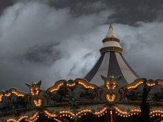 carousel by darkwood67 ~Bienvenue sur le Cirque de la Nuit~