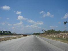 Hitchhiking through Cuba | Traveldudes.org