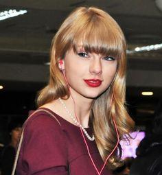 Taylor Swift leaves at Narita International Airport
