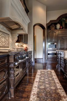 french-chateaux-simmons-estate-homes-04-1-kindesign