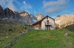 Mountain Hut by Edward Faulkner, via Flickr