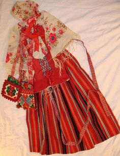 VTG Swedish Folk Costume Leksand Apron Vest w/ Pewter, Cap 2 Purse Pockets Scarf