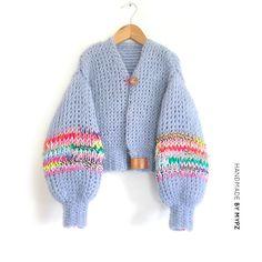 Chunky Mohair cardigan Rainbow half-long - M Y P Z Crochet Clothes, Diy Clothes, Crochet Hooks, Knit Crochet, Tunisian Crochet, Knitting Patterns, Crochet Patterns, Kids Knitting, Knitting Ideas