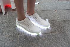 illuminated sneakers by Samuel Yang at St. Martins BA fashion...