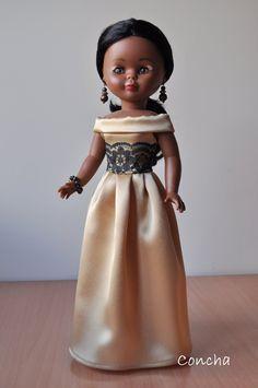 Vestidos Nancy, Nancy Doll, American Girl Crafts, Doll Crafts, Art Dolls, Doll Clothes, Flower Girl Dresses, Glamour, Knitting