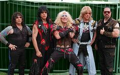 TWISTED SISTER!!