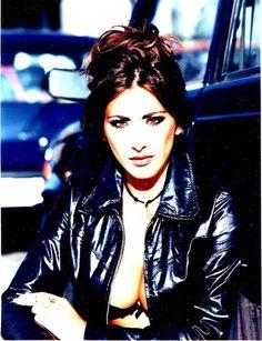 #Me #Sabrina #SabrinaSalerno #Style #Love #Girl #Eyes #nicepic ;) Sabrina Salerno, Thats Not My, Nice Weekend, Actresses, Celebrities, Character, Eyes, Female Actresses, Celebs