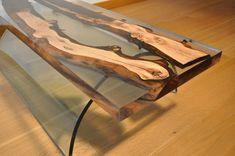 Итальянская дизайнерская студия Antico Trentino предложила собственную технологию производства мебели.
