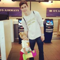 A guy who puts his family first and is good with kids :)) <3 #BonusPoints @Cheryl Nash Grier #nashtag #nashnotice